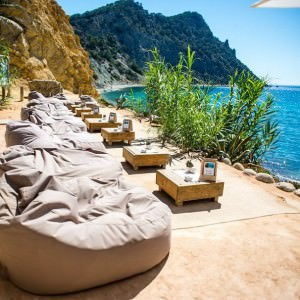 outbag zitzak slope xl amante beach club ibiza the outdoor company